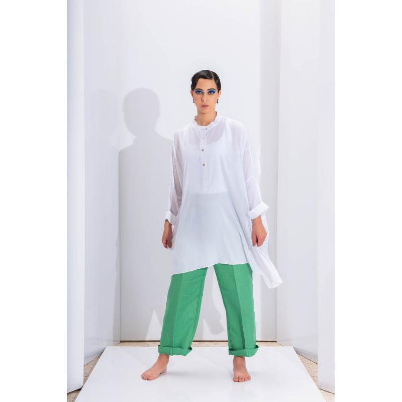 Oversize Closed Shirt In White