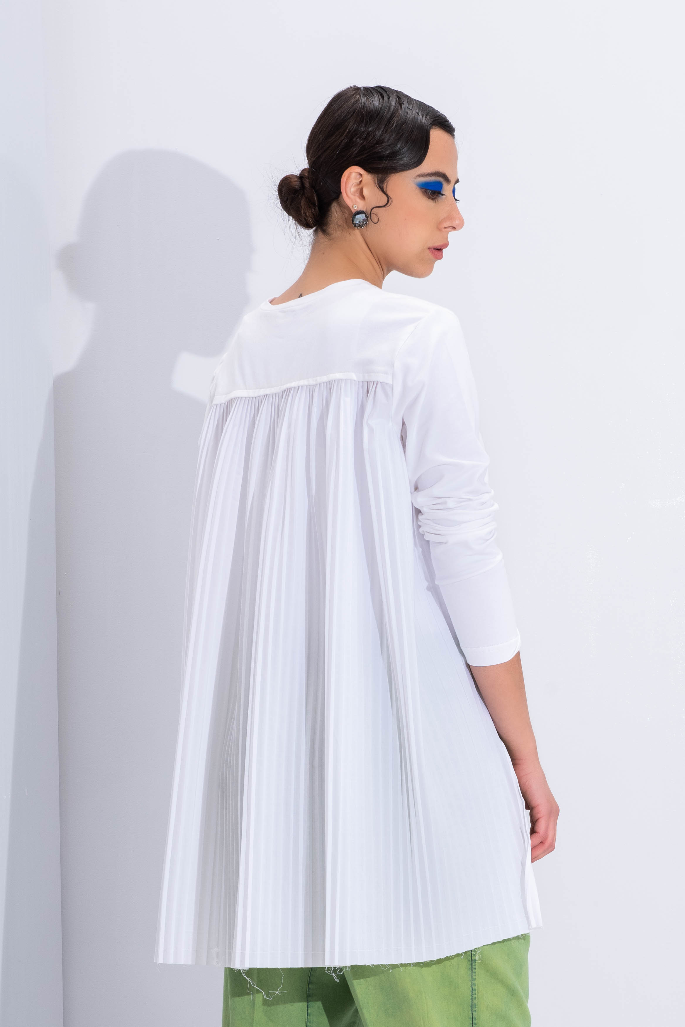 Pleated Back White T-Shirt